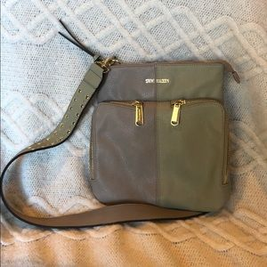 Steve Madden Cross body purse